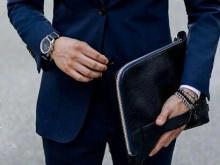 Носят ли мужчины клатчи?