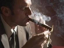Как правильно обрезать и прикурить сигару