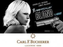 Взрывная блондинка предпочитает Carl F. Bucherer