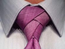 Завязываем галстук: пошаговая инструкция