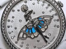 Обзор реплики женских наручных часов Van Cleef & Arpels Lady Arpels Ballerine Enchantee