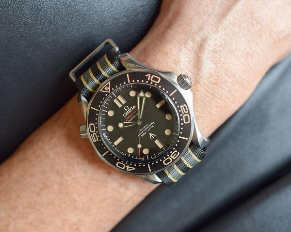 Часы Omega Seamaster Diver 300M Master Co-Axial