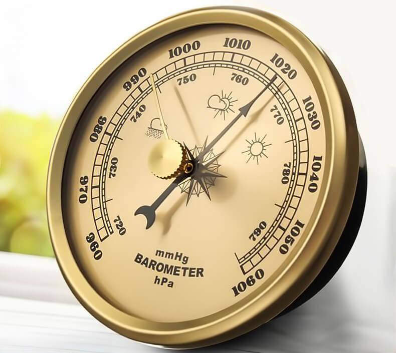 Бытовой барометр для измерения атмосферного давления