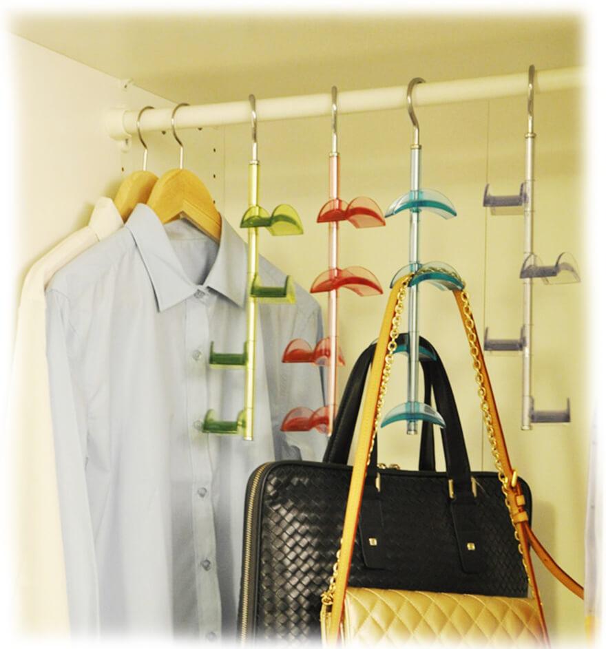 Специальные крючки для хранения сумок