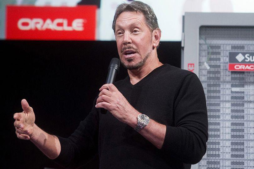 Основатель Oracle Ларри Эллисон носит Rolex Submariner с водонепроницаемостью до 300 метров