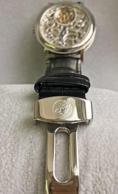 Застежка на часах Breguet Classique Skeleton Tourbillon