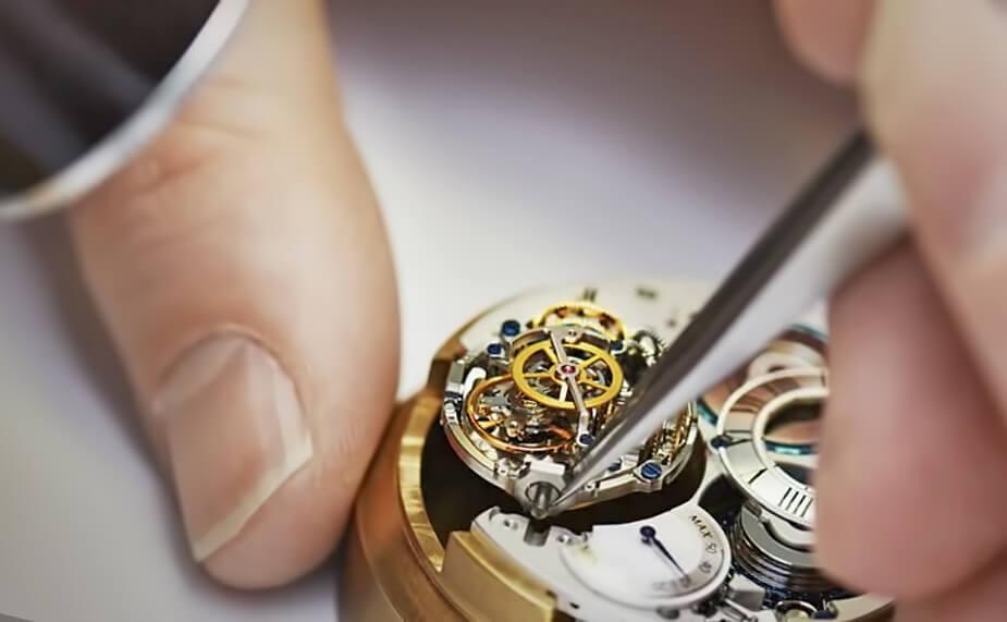 Ручной труд в производстве швейцарских часов