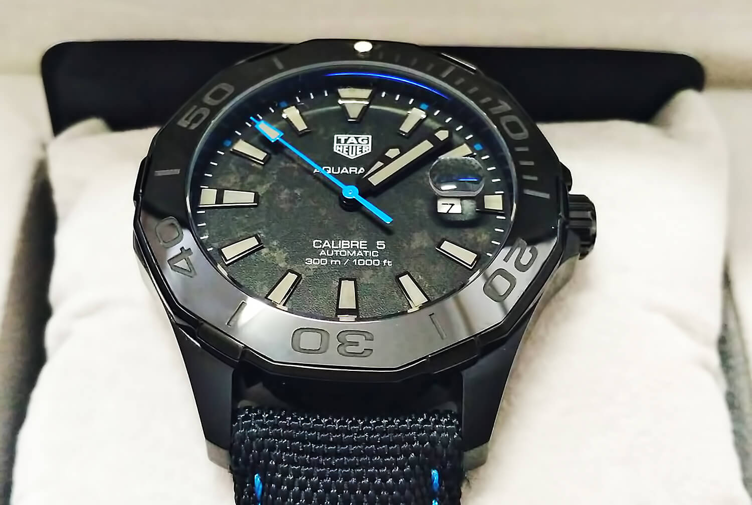 Циферблат реплики Aquaracer Carbon Edition