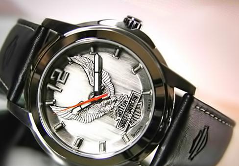 Часы легендарной марки Harley Davidson