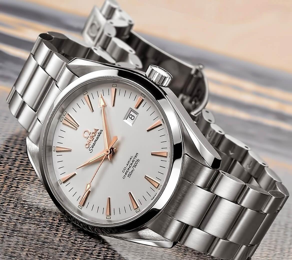 Часы Omega из стали марки 316L