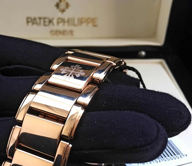 Скрытая застежка на копии часов Patek Philippe Twenty-4