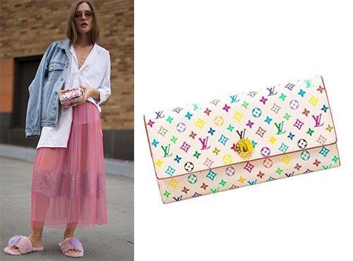 Клатч-сумка Louis Vuitton розового цвета
