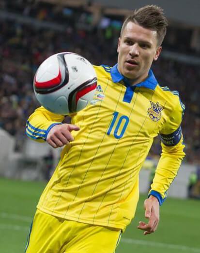 Вице-капитан сборной Украины по футболу Евгений Коноплянка
