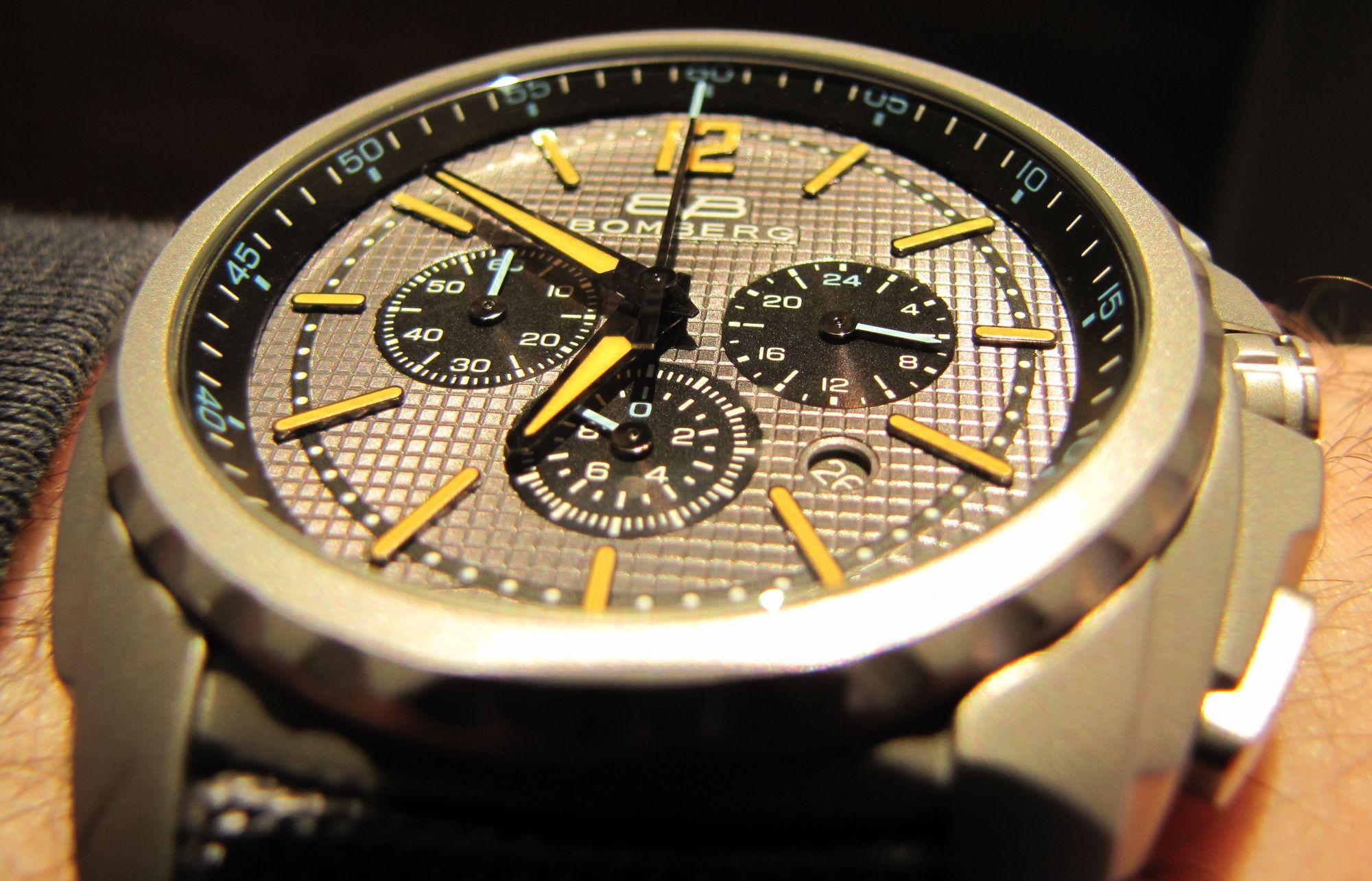 Часы Bomberg Maven (Мейвен)