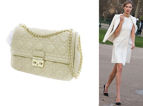 Сумка белого цвета от Christian Dior