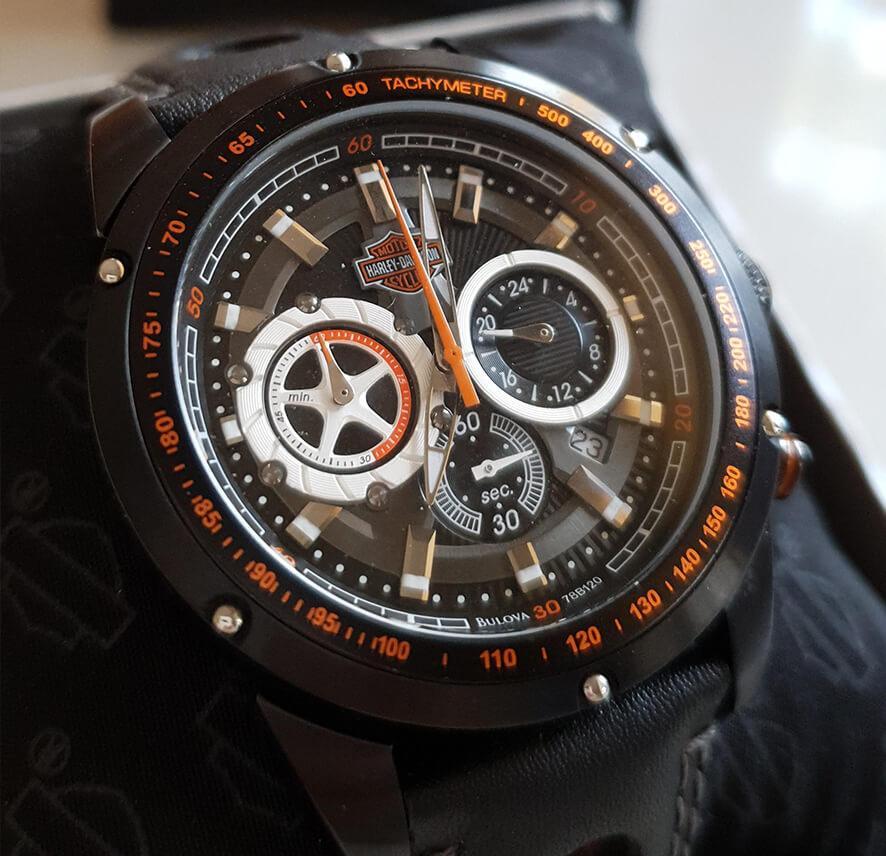 Часы Харлей Дэвидсон - лучший аксессуар для крутого имиджа