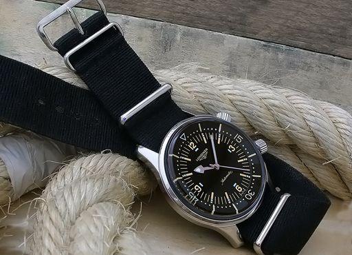 Наручные часы марки Longines