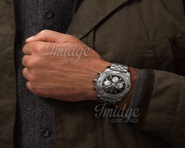 Часы Breitling Chronomat