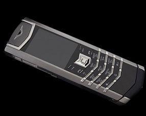 Телефон Vertu Модель Signature S Design FE