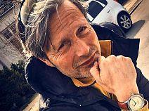Ода элегантности, или часы Мадса Миккельсена в каталоге магазина Имидж