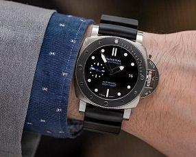 Часы Officine Panerai Submersible Automatic